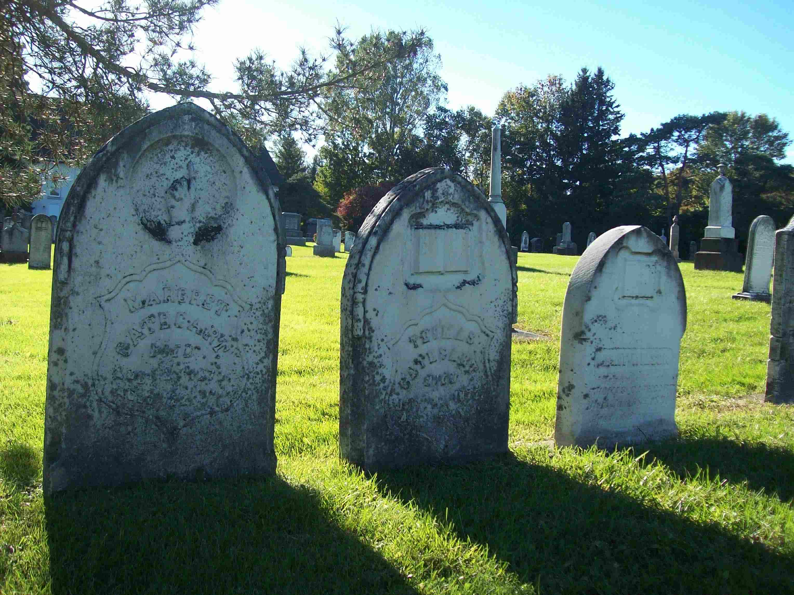 1st-karolina-moo-tombs